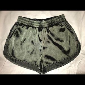 Divided H&M Green Elastane Shorts